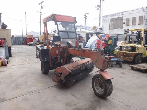LAY-MOR 6HB SWEEPER