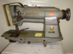 SINGER 212G140 Two needles sewing machine