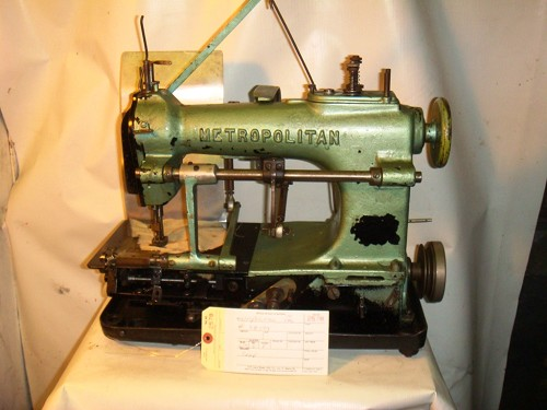 METROPOLITAN Pleating Sewing Machine