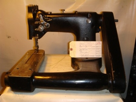 SINGER 134W5, SINGER 134W5, off the arm, two needle, walking foot