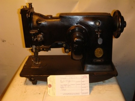 SINGER 143W2, zig zag sewing machine with the cam