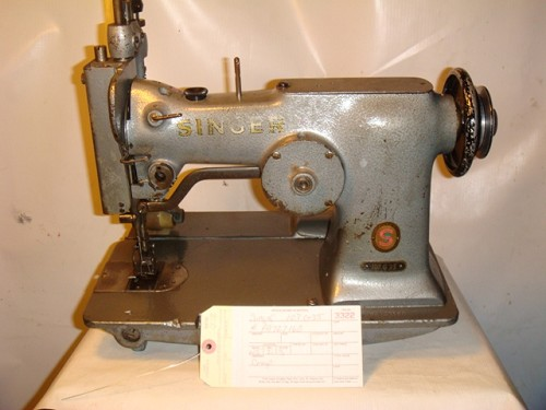 SINGER 107G35, zig zag with puller sewing machine