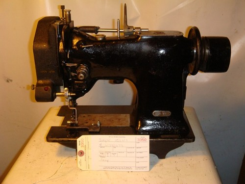 SINGER 151W1, zig zag sewing machine with double cam