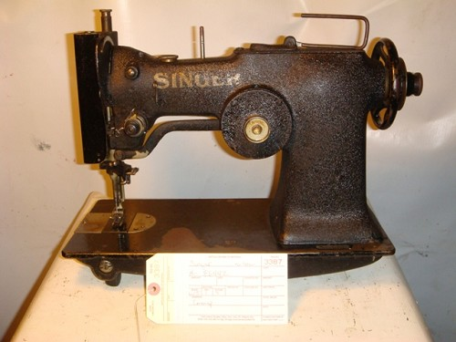 SINGER zig zag sewing machine