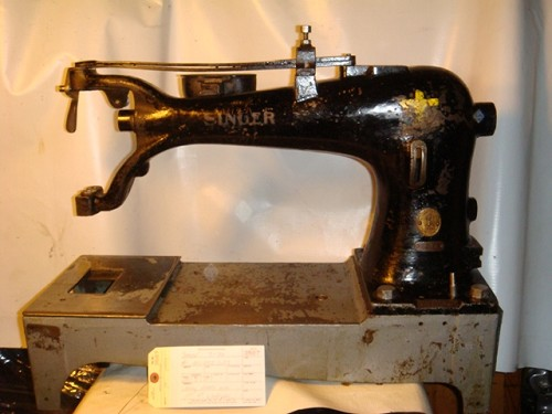 SINGER 7-34, SEWING MACHINE, MISSING PARTS