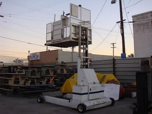 STEWART & STEVENSON SSRL126XA Wheel Chair Lift