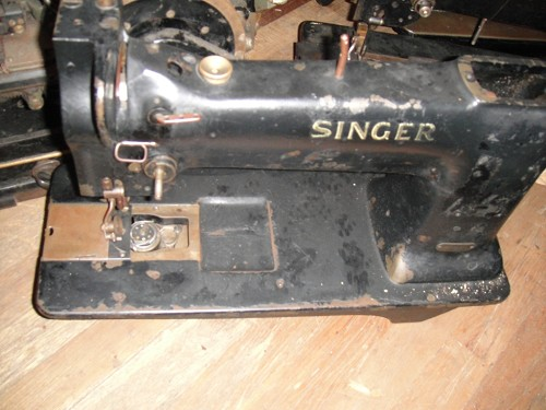 Singer 110W124 Fitted with wheel feed for leather work