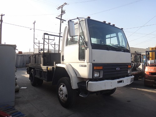 1993 FORD CF7000
